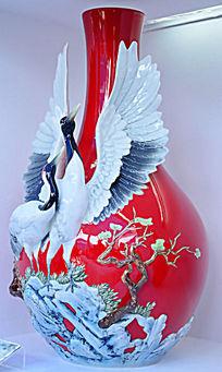故宫-海鸥求偶清乾隆玉环胆大花瓶