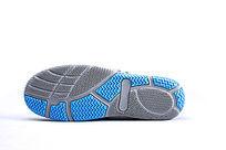 蓝色网布鞋单鞋横放