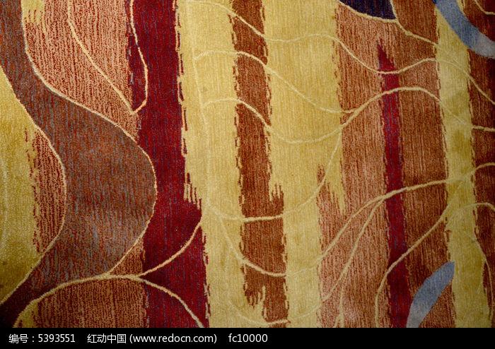 红色精品条花纹理地毯图片