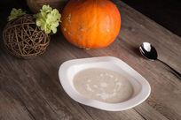 美味野菌忌廉汤