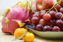 近拍静物创意一堆水果特写图片