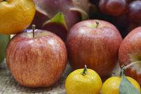 近拍一堆水果特写图片