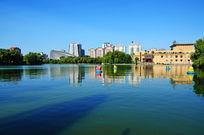 湖面建筑美景