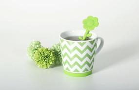 小清新绿色杯子