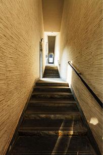 建筑阶梯通道