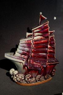 一帆风顺红柚船形瓷瓶