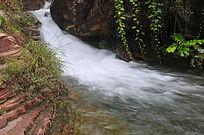 太行山涧溪流
