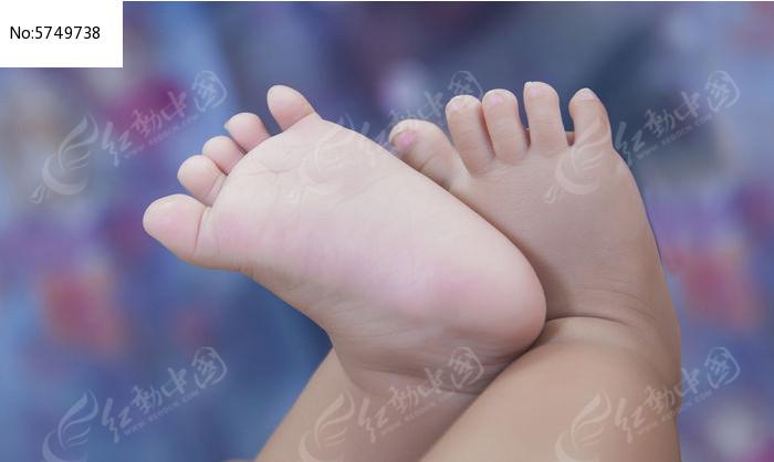 一双脚图片