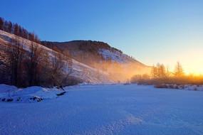 林海雪原日出风景