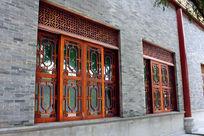 木窗雕花装饰