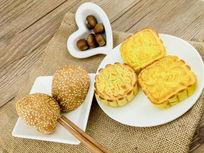 月饼饭团栗子