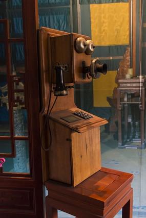 故宫老式电话机