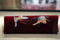 蜀绣蝴蝶图案手包
