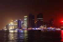 灯火辉煌的黄浦江夜景