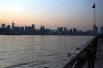 上海黄浦江黄昏景色