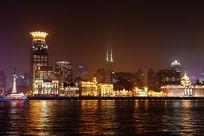 夜色阑珊的上海黄浦江夜景