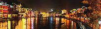 湘西凤凰古镇的沱江两岸灯光夜景