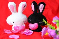 情侣兔子玩偶