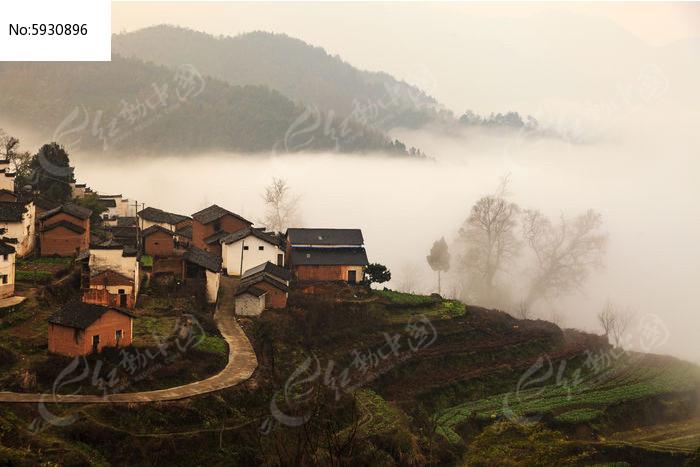 休宁金龙山景观图片