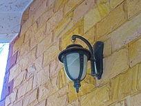 墙壁上的灯