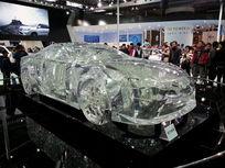 透明的汽车模型
