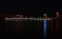 美丽的松花江夜景