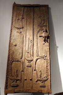 非洲雕刻人兽图案门板
