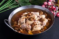 松茸炖土鸡