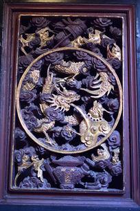 金龙木门雕刻