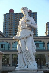 欧式女性石雕