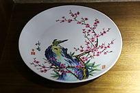 白地梅花喜鹊图案瓷盘