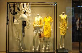 休闲女装橱窗模特