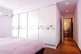 温馨简约卧室