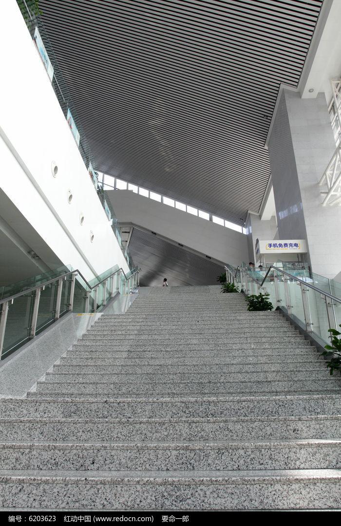 温州动车南站穹顶结构图片