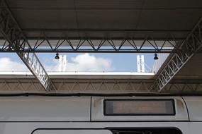 温州动车站站台天井