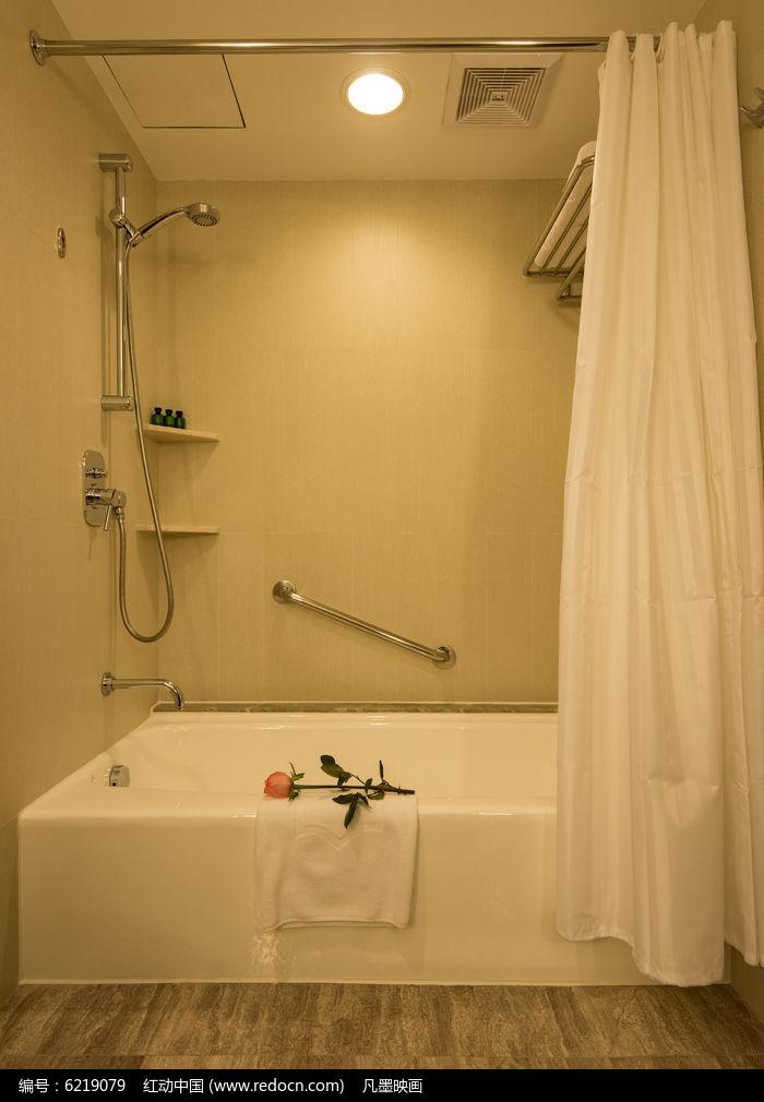 酒店客房室内卫生间图片