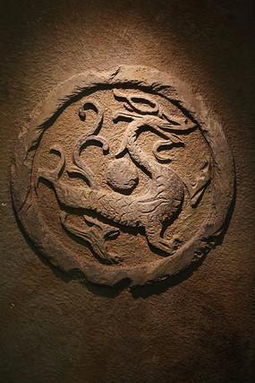 古代龙纹图案壁刻