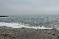 大海边浪花