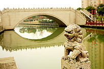三林镇石桥石狮子