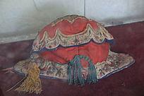 古代新郎帽文物