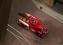 红色救火车模型
