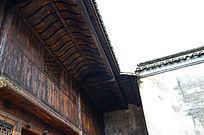 古老的高椅木楼