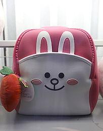 卡通兔子图案的女孩书包