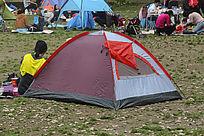 橙色休闲帐篷