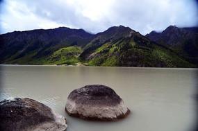 然乌湖风景