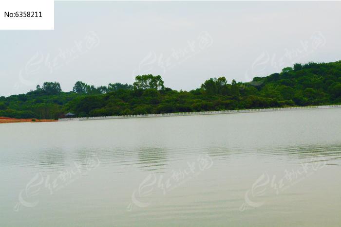 湖面风景图片