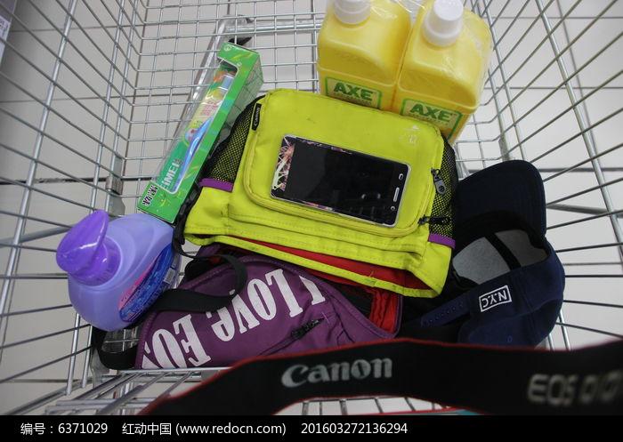 购物车上的物品图片