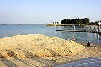 湖泊河提风景