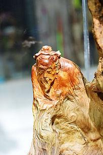 根雕古代老翁半身像