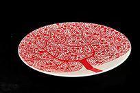 红色花纹的盘子